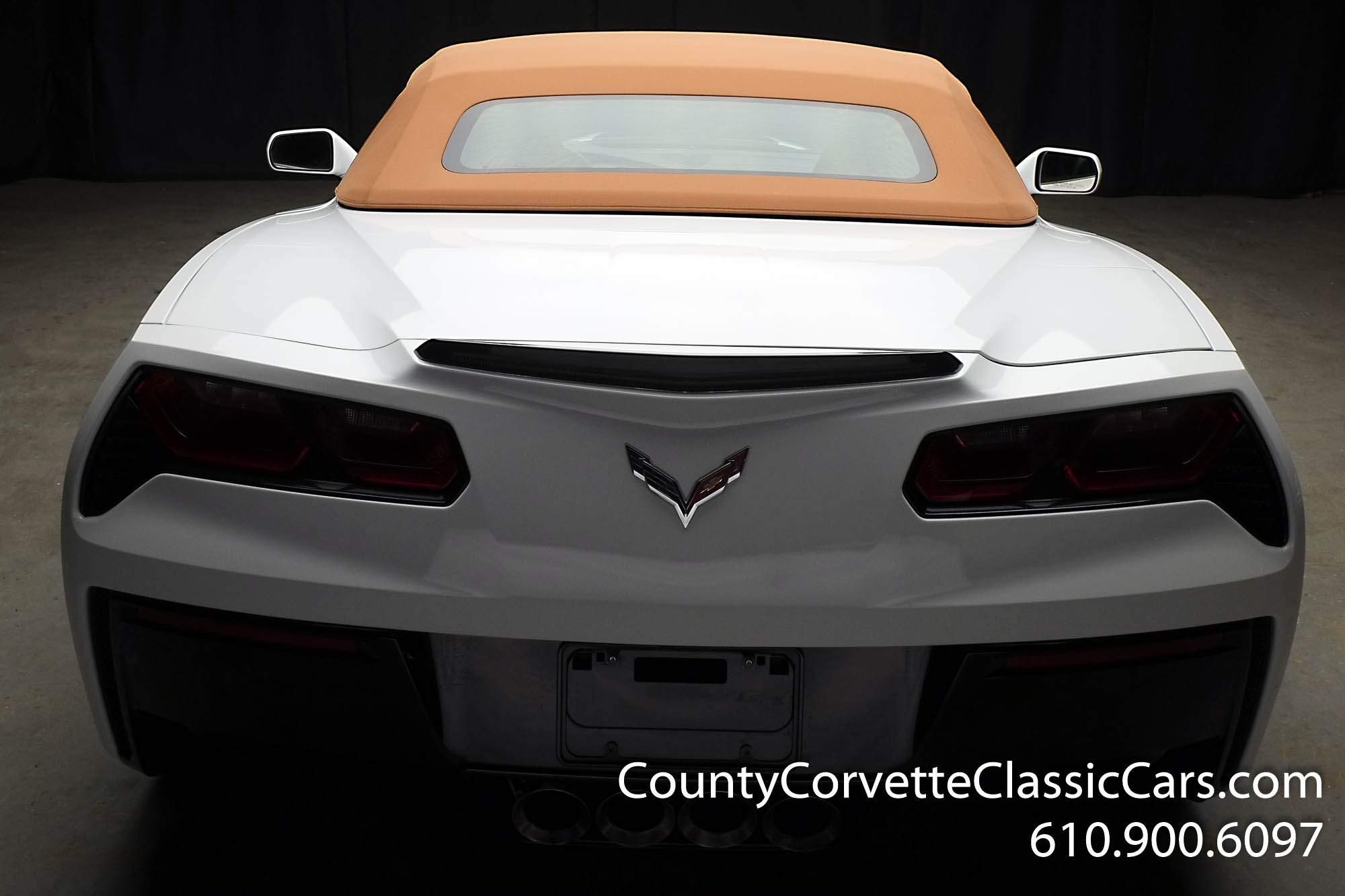 2014-Corvette-Stingray-Convertible-27.jpg