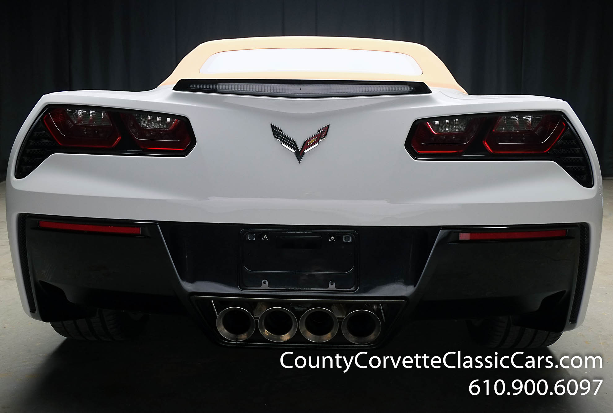 2014-Corvette-Stingray-Convertible-28.jpg