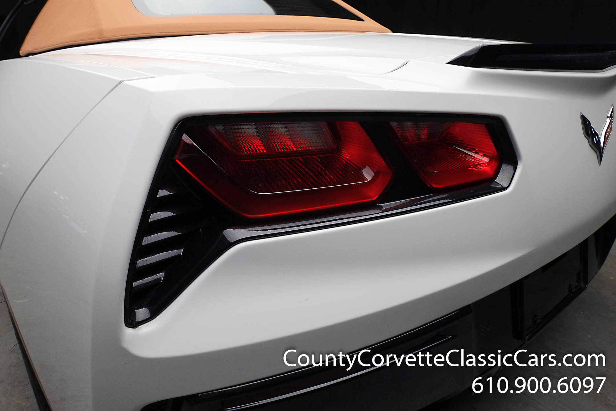 2014-Corvette-Stingray-Convertible-16.jpg