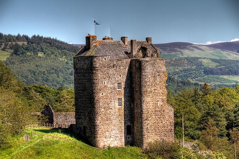 Neidpath-Castle-Wedding-Venues-Scotland.jpg