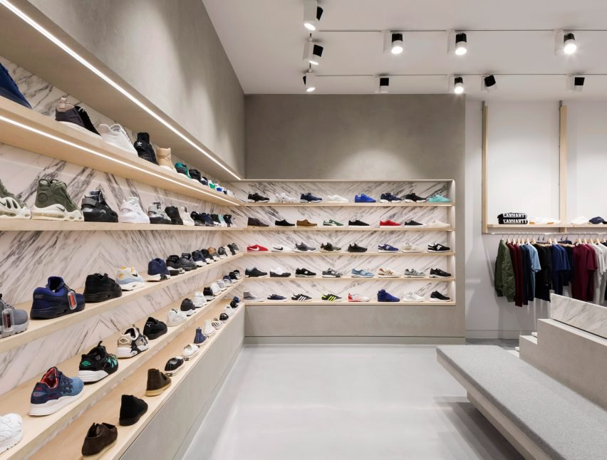 The store is split into 3 levels which has 3 spefic zones, contemporary and casual on the ground floor, streetwear on the lower-ground floor, and high-end luxury on the upper ground level.