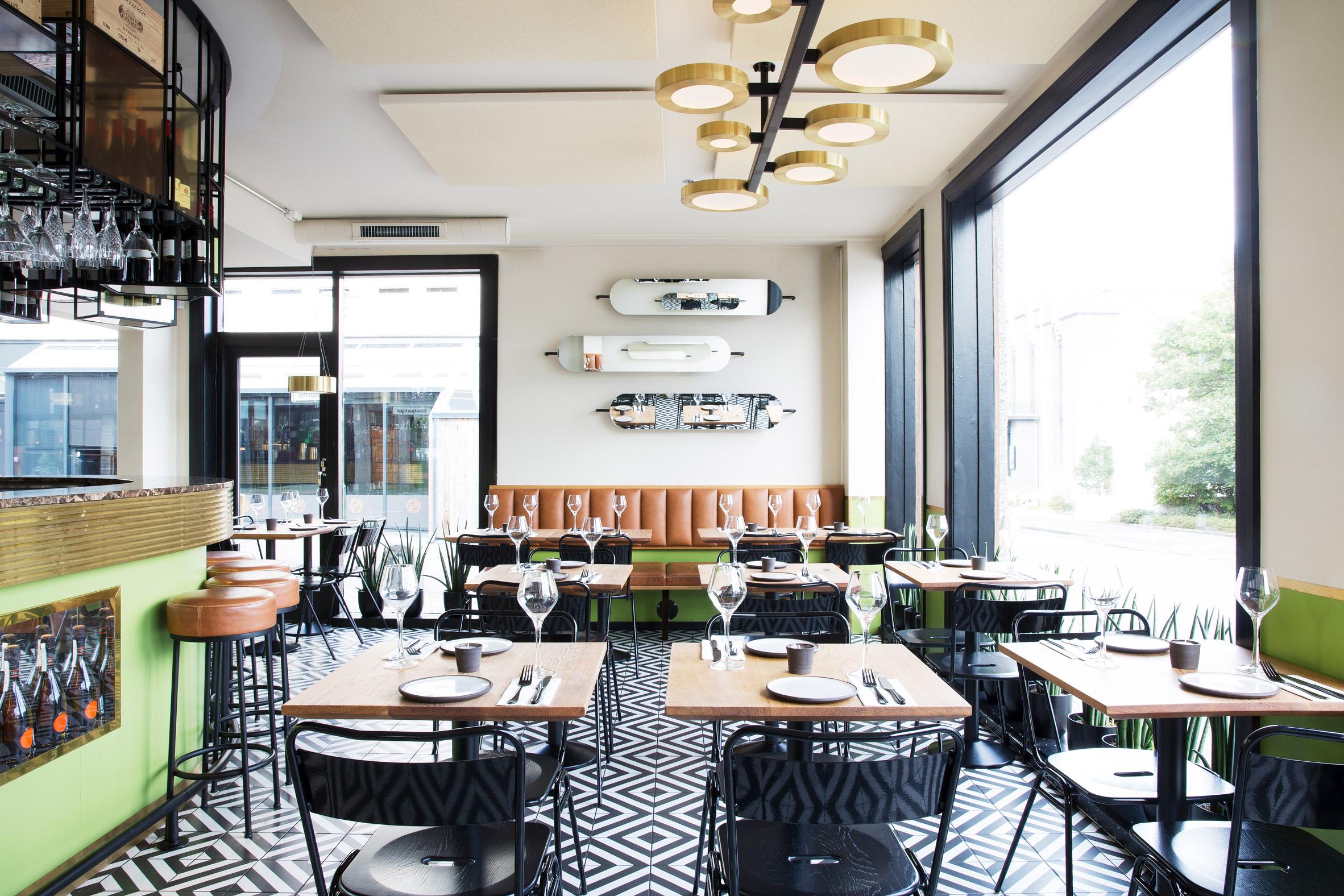 mat-bar-haf-studio-reykjavik-iceland-restaurant_dezeen_2364_col_1.jpg
