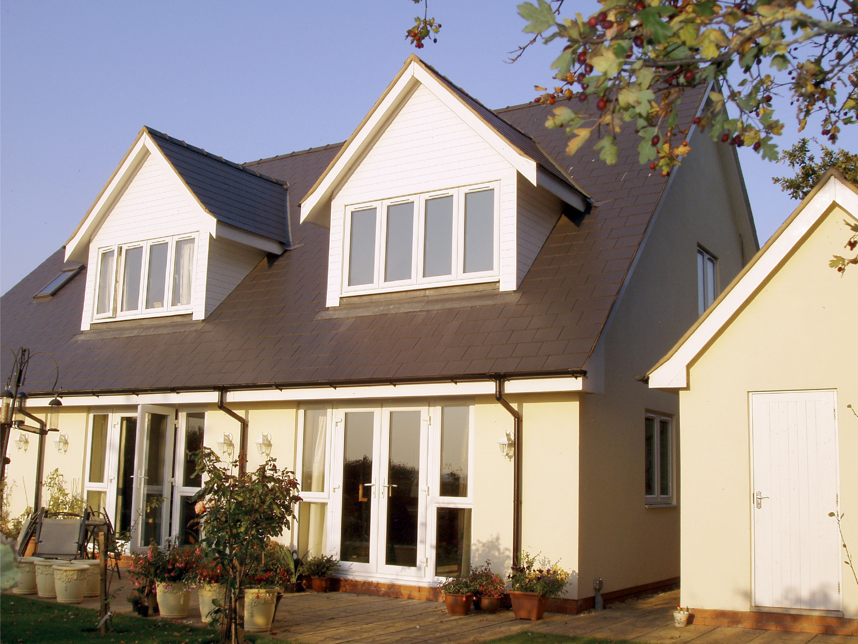 greytree lodge new build ross on wye herefordshire rear elevation photo builder groundworks nhbc.jpg