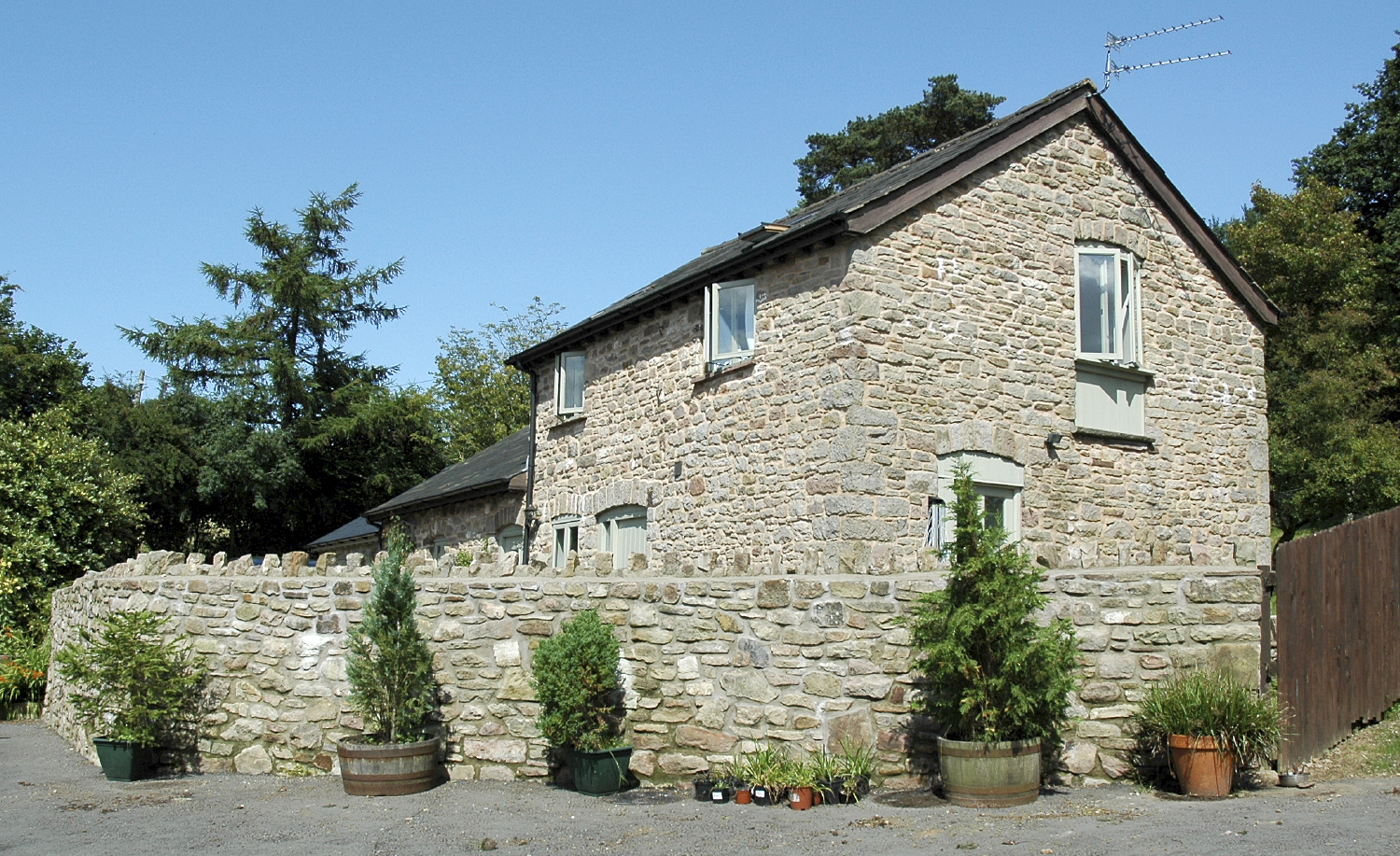shire newton barn conversion side elevation photo chepstow monmouthshire builder.jpg