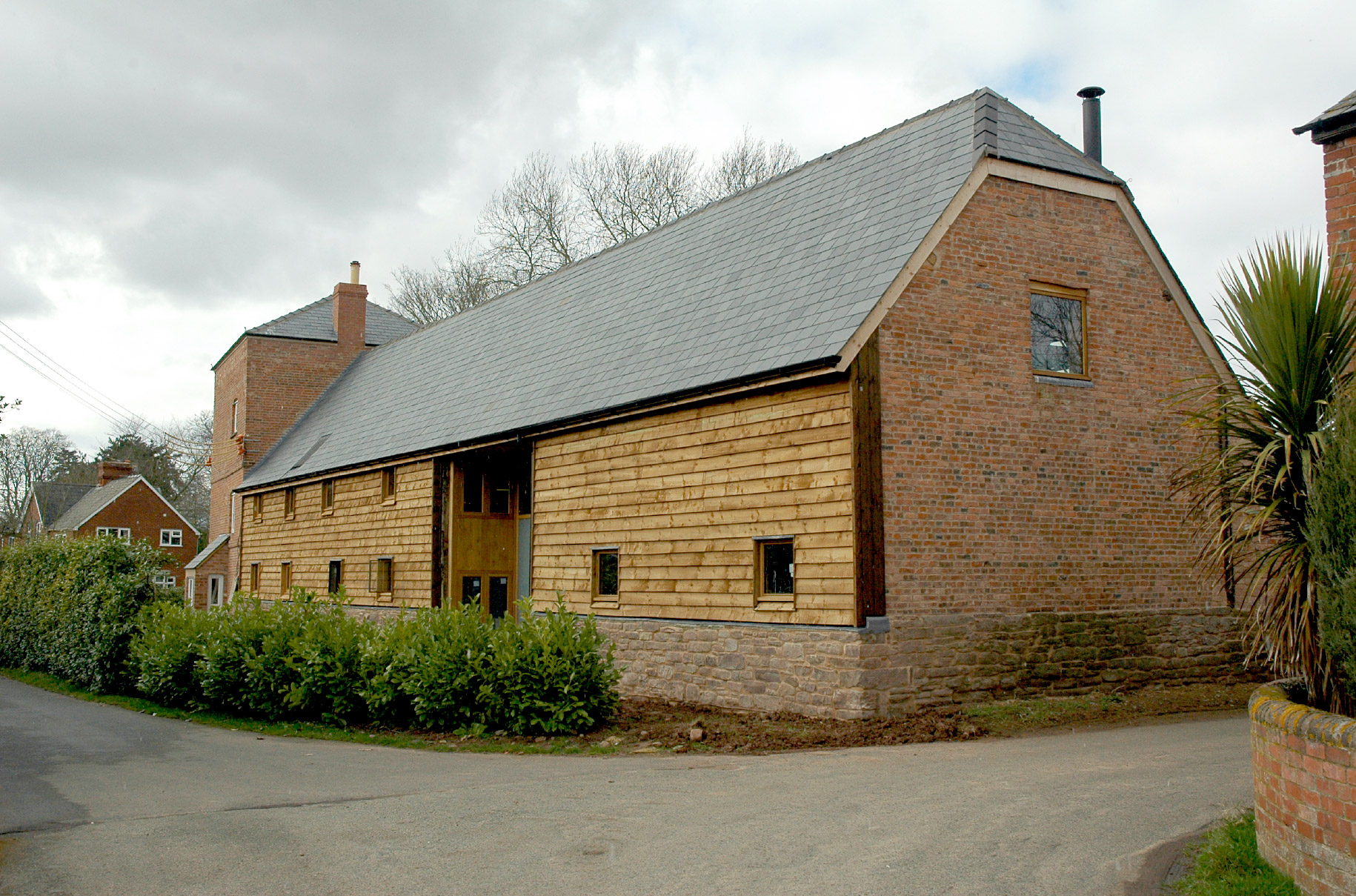 pigeon-house-barn-conversion-south-elevation-builder-groundworks-herefordshire