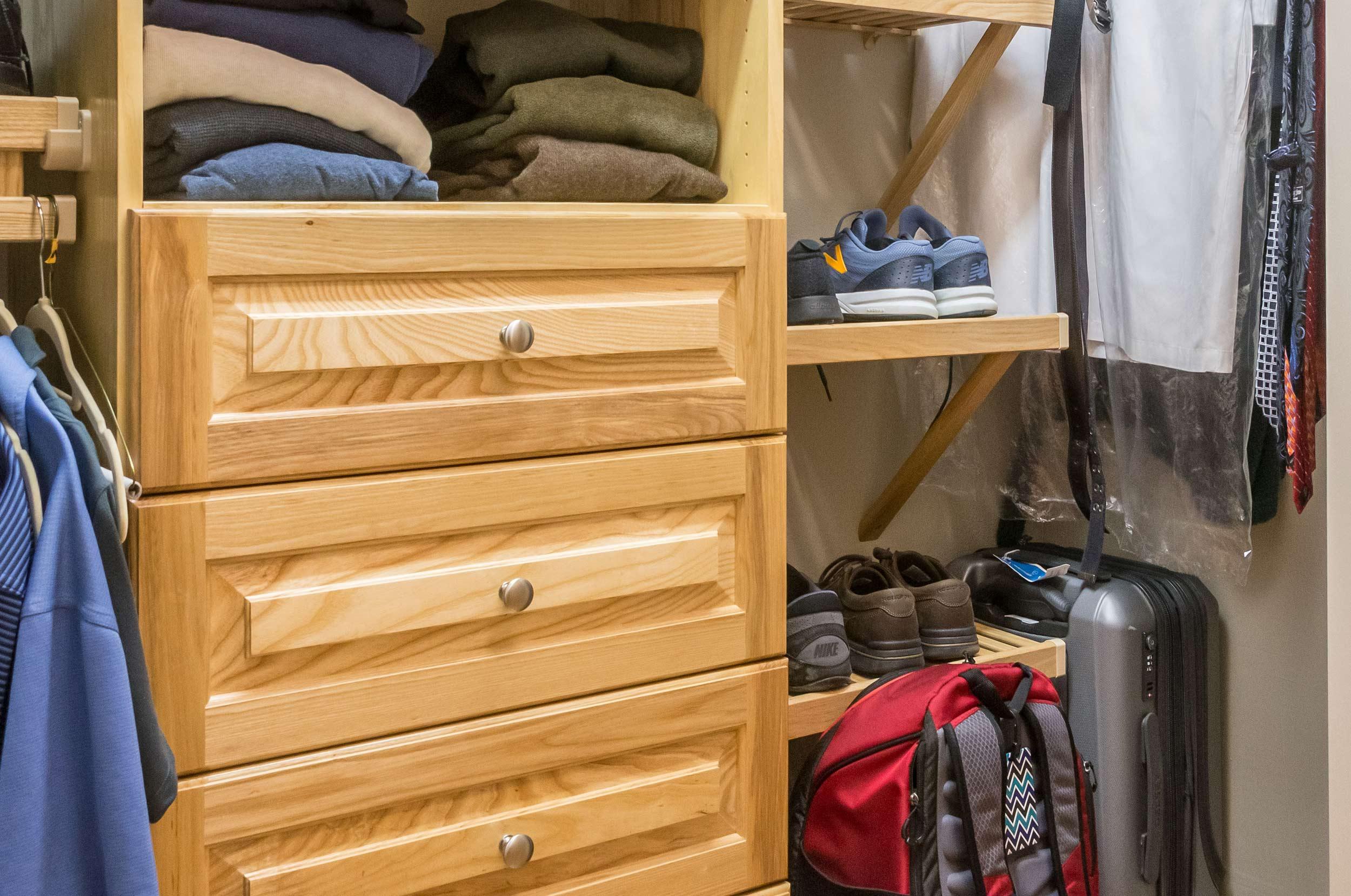 closet_04.jpg