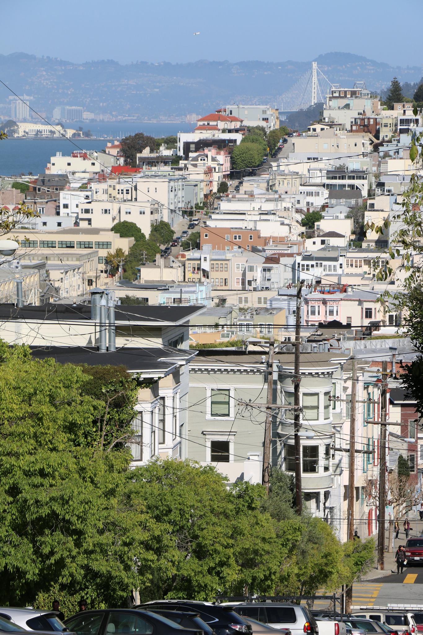 View from Lombard Street_14923219440_l.jpg