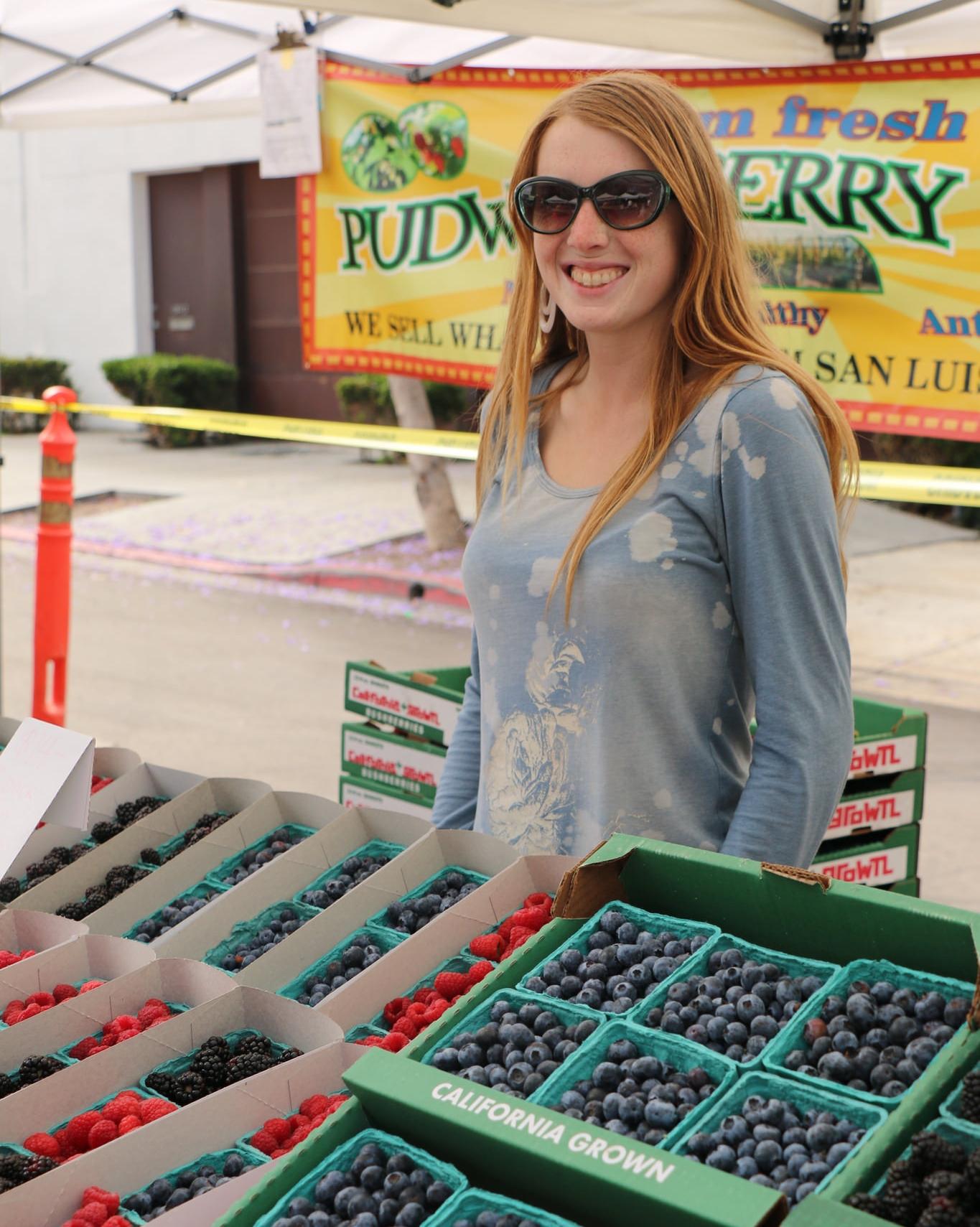 Lady Berries_23189793613_l.jpg