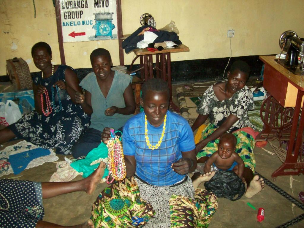 widows making beads .jpg