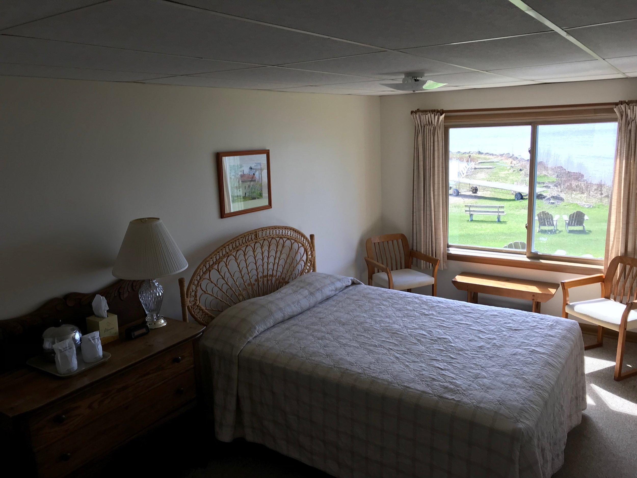 Queen sized room