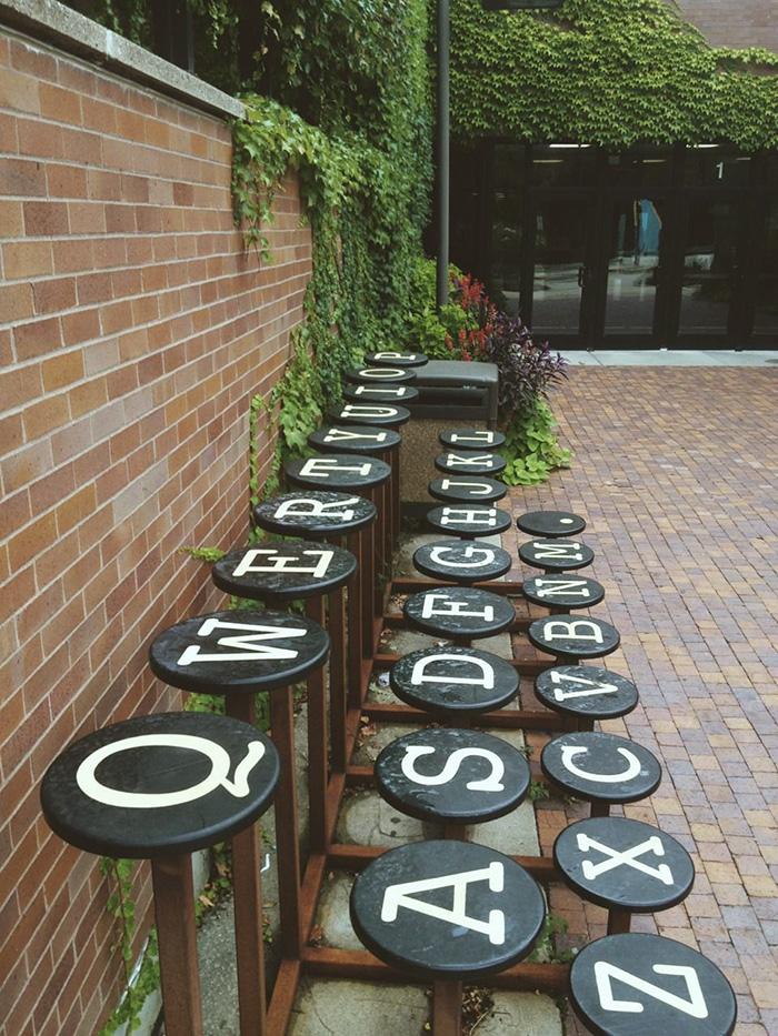 creative-public-benches-71-57e92e28059cf__700.jpg