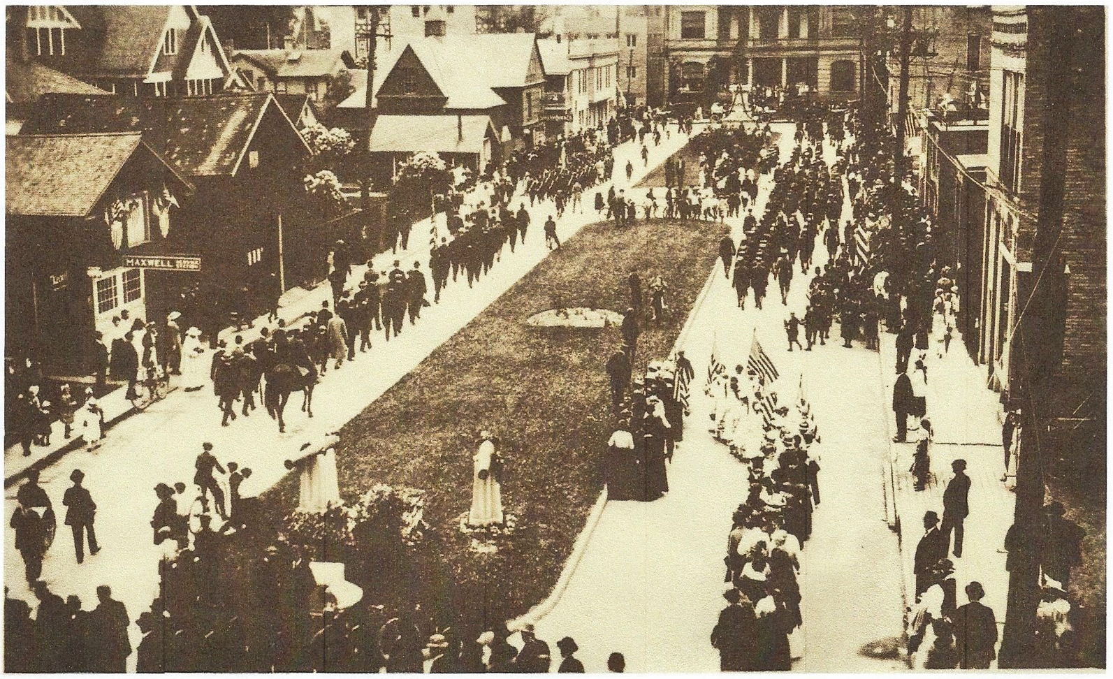 Civil War Memorial dedication event in 1911