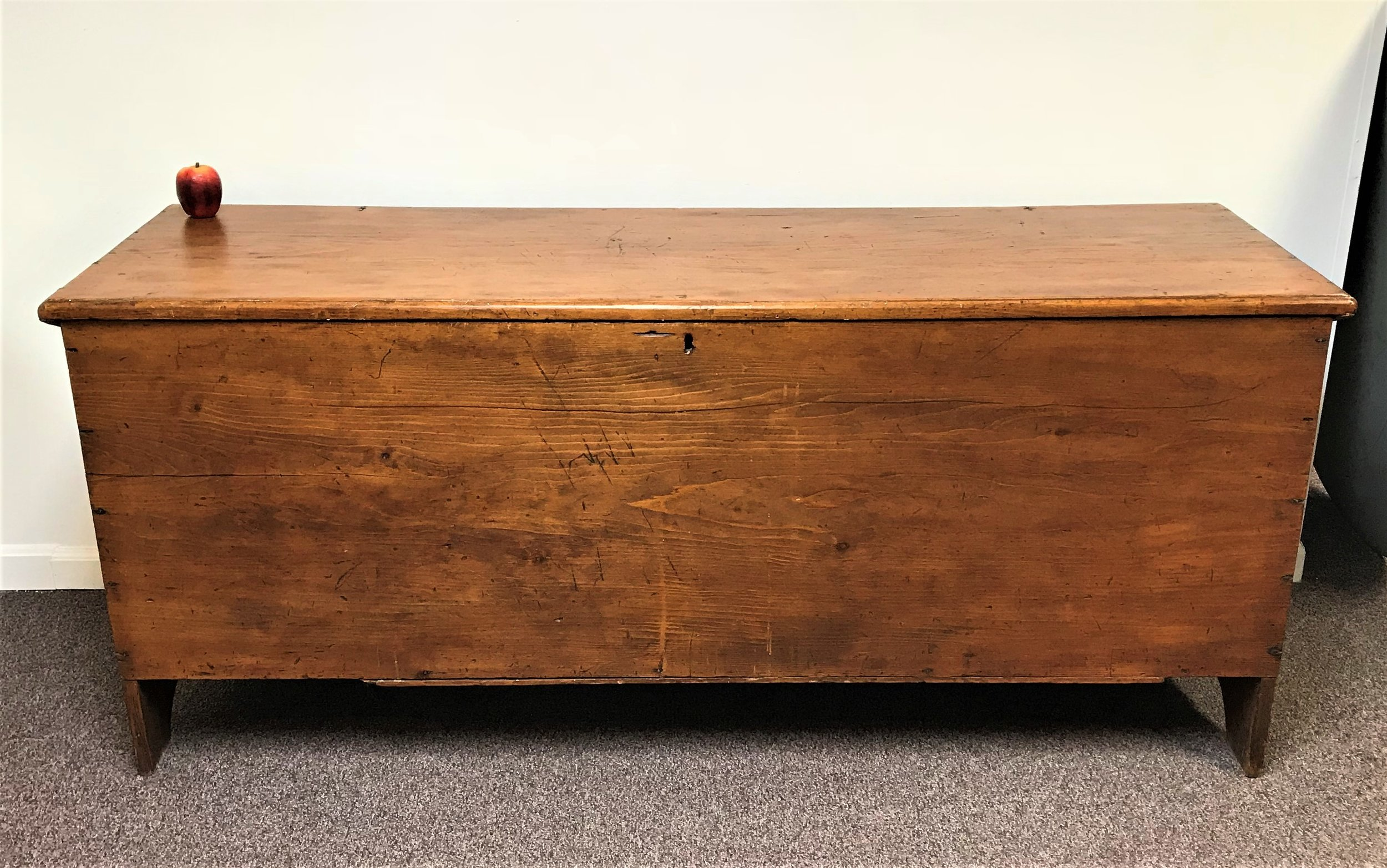 Exceptional 6 Board Early 1800 S Pine Blanket Chest Ardesh