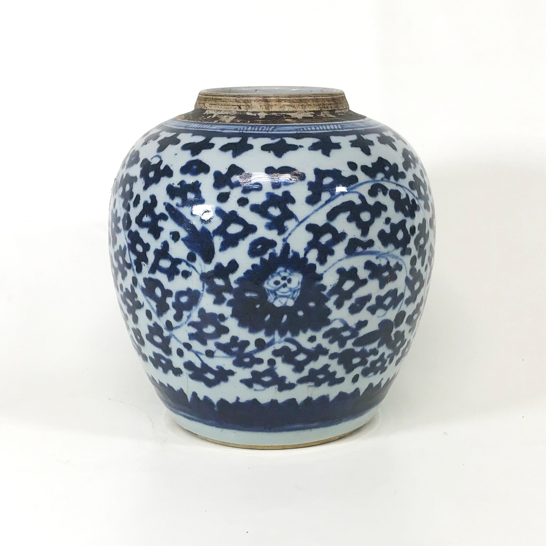 5th Century Chinese Porcelain Blue & White Decorated Jar — Ardesh