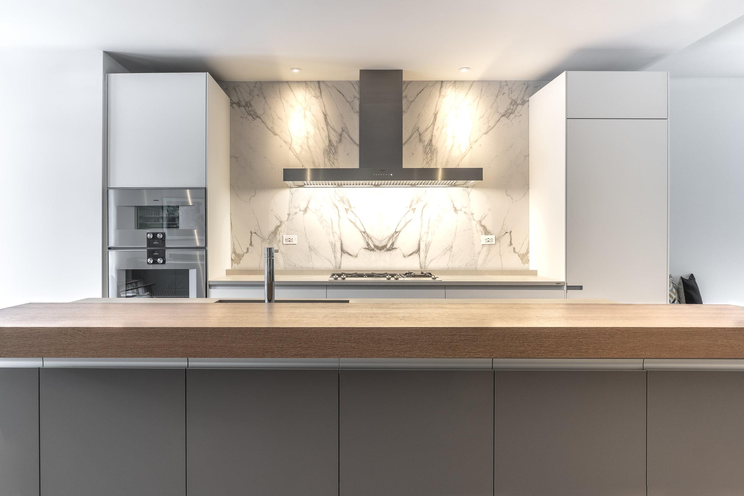 Ernestomeda_Joicey Blvd_kitchen (1 of 12).jpg