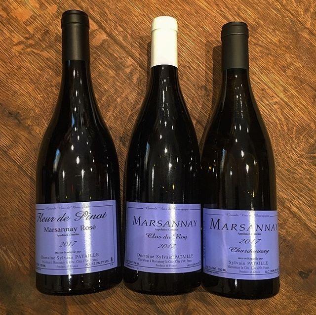 L'appellation tricolore de Bourgogne,  bien représentée à la cave par le domaine Pataille. In Marsannay we trust! #Marsannay #blancroserouge #pataille #fleurdepinot #biodynamie #chardonnay #pinotnoir