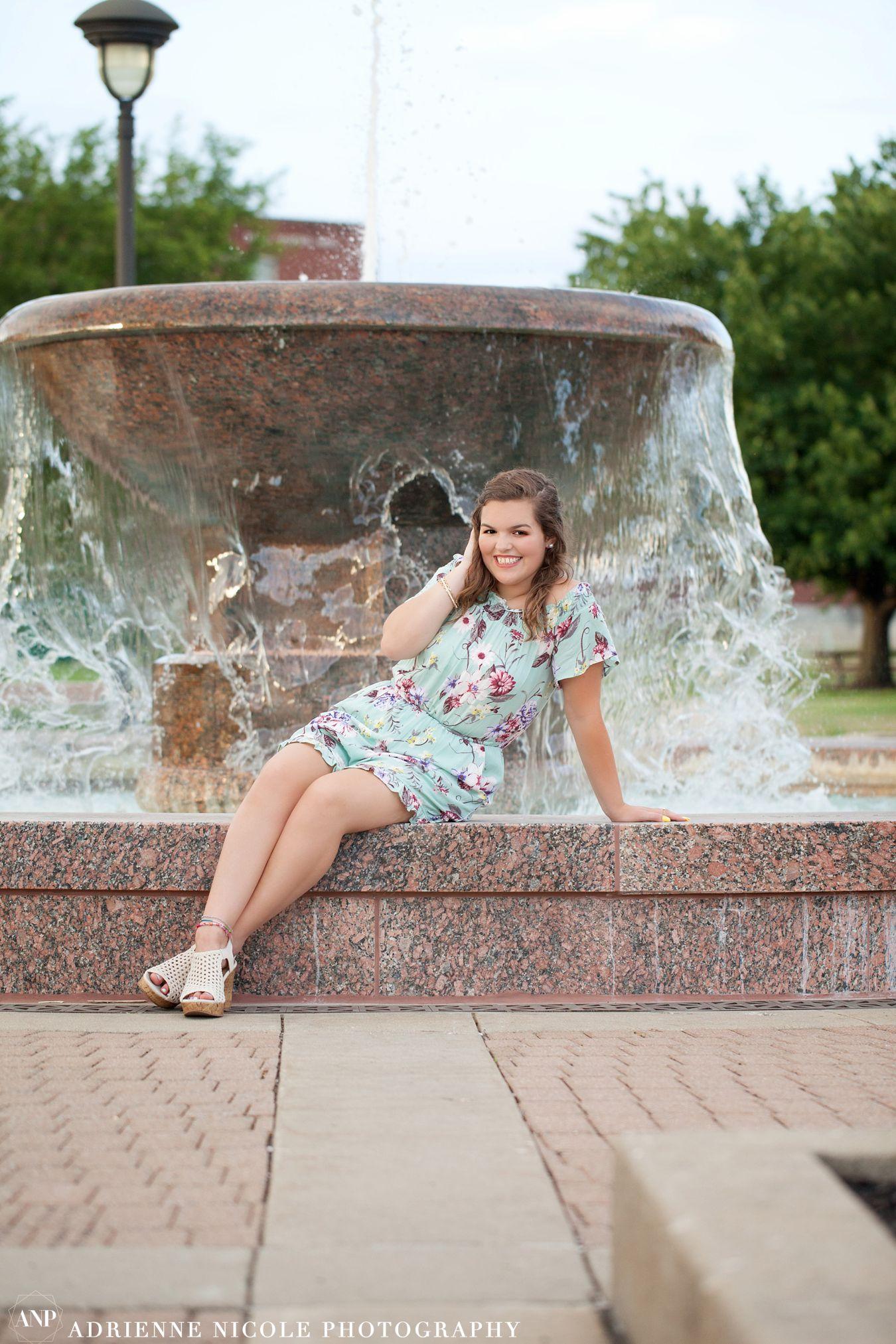 Adrienne Nicole Photography_IndianaSeniorPhotographer_Avon_0183.jpg