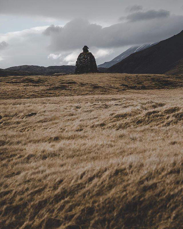 A monument of Bárður. A character from the Icelandic sagas. - - - - - - #iceland #wheniniceland #ig_shotz #igscandinavia #natgeotravel #longexpoelite #nordicphotos #destionationearth #awesomedreamplaces #show_us_nature #icelandiclandscape #naturevisuals #icelandicnature #inspiredbyiceland #folkscenery #folksouls #artofvisuals #magic #exploremore #findmagic #agameoftones #aov #stayandwander #visualsofearth #visualscollective #moodygrams #passionpassport #arnarstapi #monument #icelandicsagas