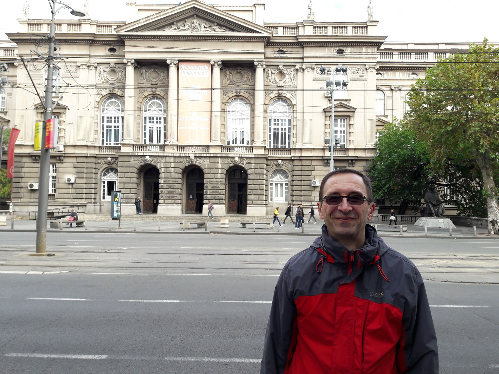 Dragan outside 'Gradjevinski Fakultet' (Faculty of Civil Engineering)