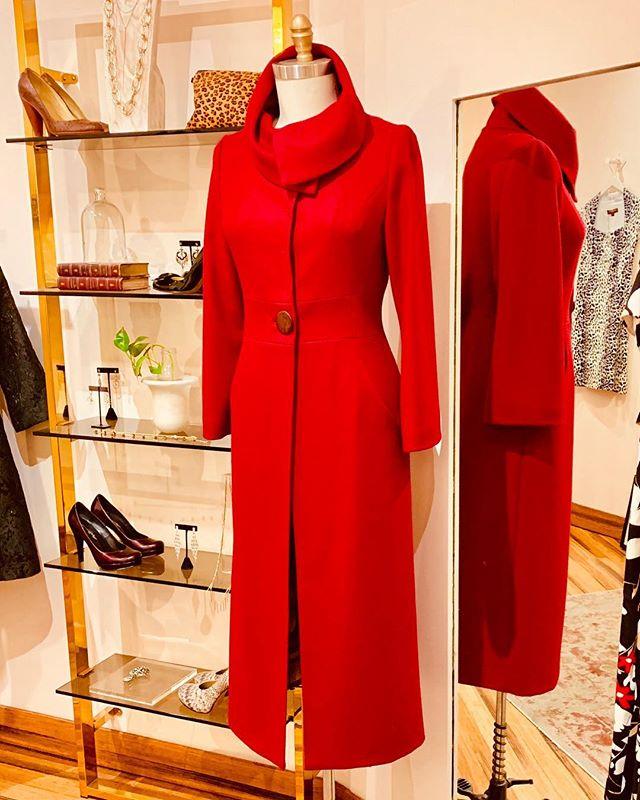 Lesson # 7: let him know who's boss.  #anyaponorovskaya #fashion #fashiondesigner #fashionista #designer #couture #couturefashion #style #elegant #sophisticated #nyc #madeinamerica #styleblogger #fashionblogger #fashionblog #ladyboss #love #bosslady #womeninbusiness #corporatefashion #businesswoman #classicstyle #lawyerstyle #lawyerfashion #workwear #officestyle #officewear #officefashion #coat #spring