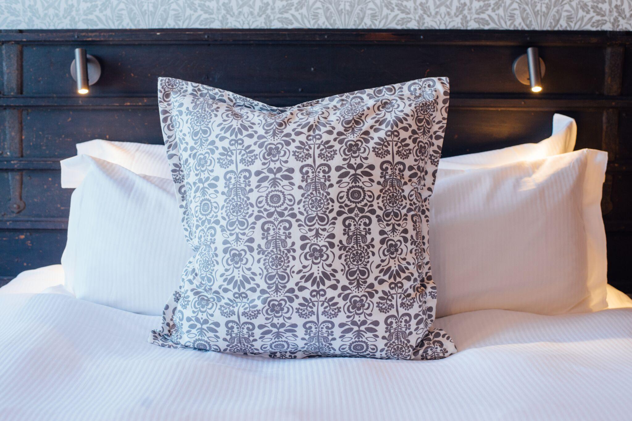 Blue Boar Witney Hotel Room