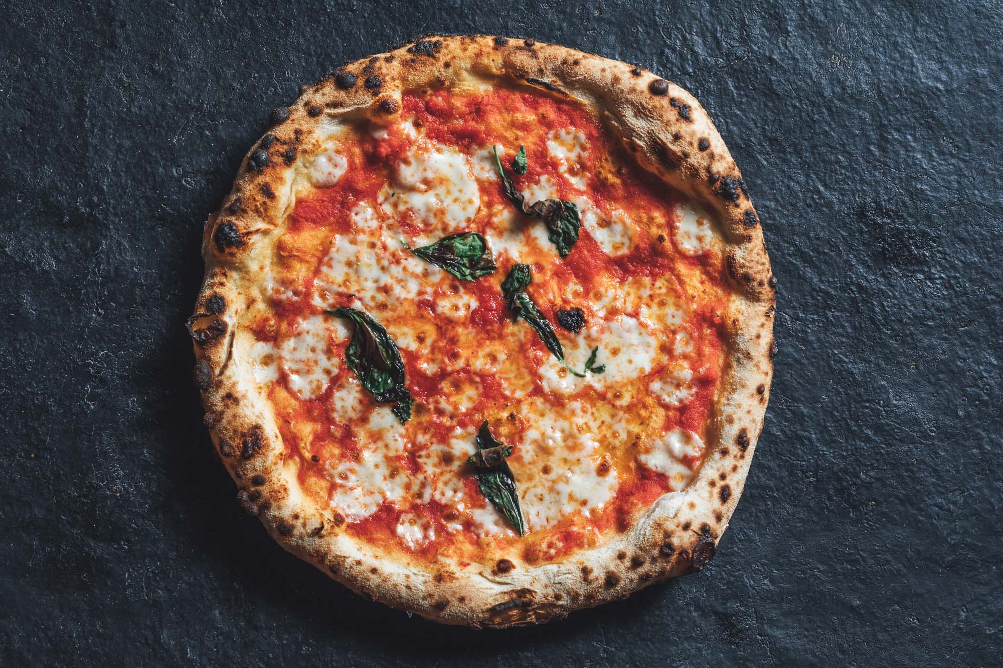 Authentic Neapolitan Margherita Pizza at The Betsey Wynne pub and restaurant in Swanbourne near Milton Keynes.jpg