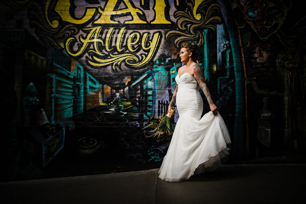 Black Cat Alley Styled Bridal Shoot by Blu Moose Photography for Destination Wisconsin Wedding blog