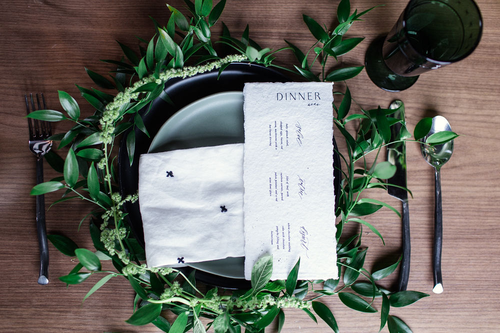 Rustic-Chic-Elopement-by-Emma-Mullins-Photography-11.jpg