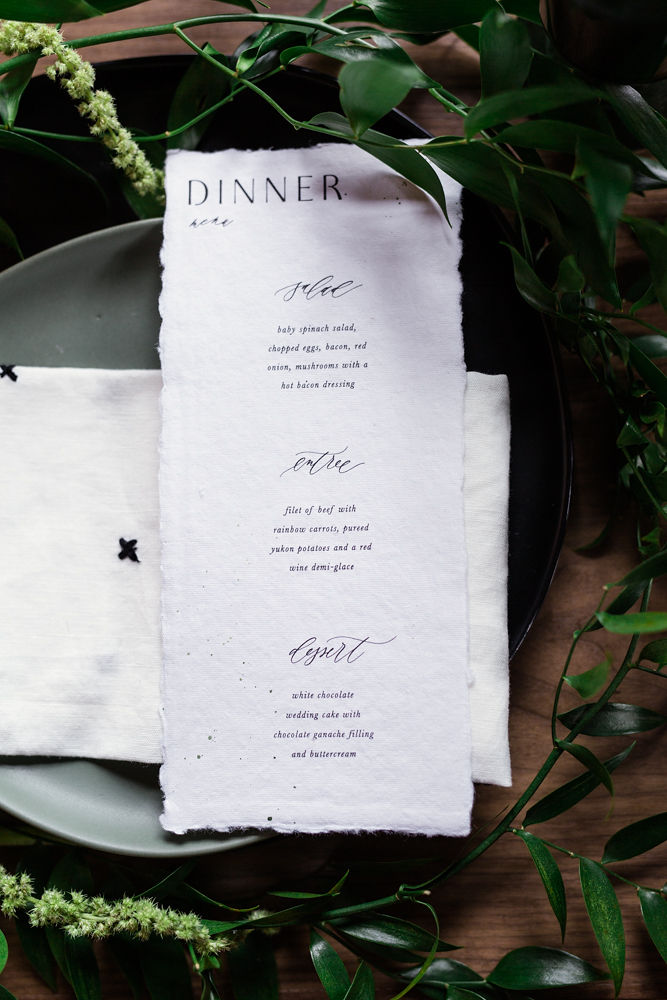 Rustic-Chic-Elopement-by-Emma-Mullins-Photography-20.jpg