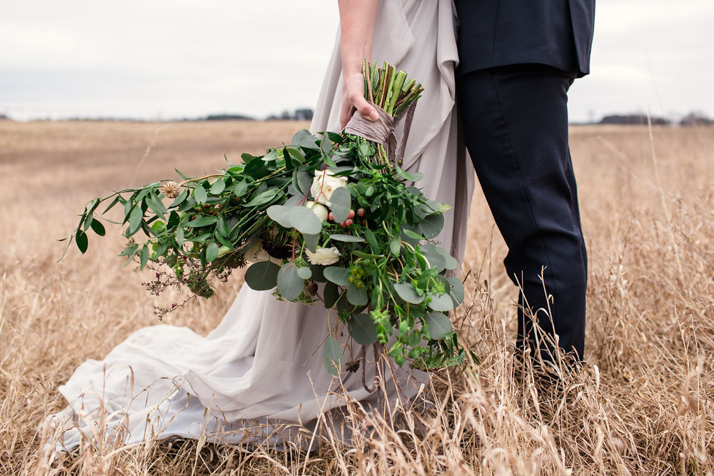 Rustic-Chic-Elopement-by-Emma-Mullins-Photography-42.jpg