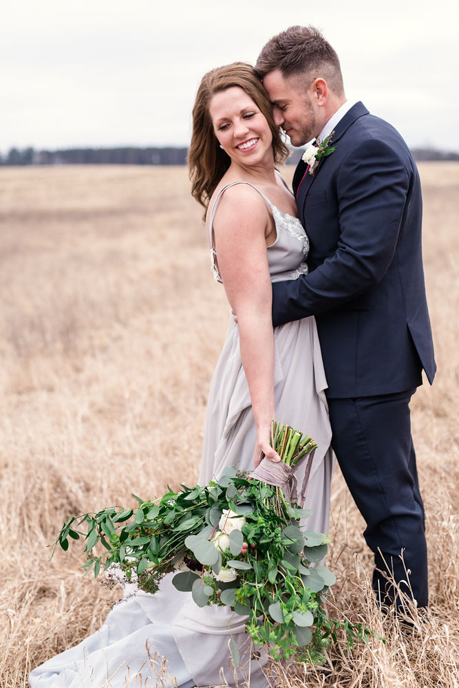 Rustic-Chic-Elopement-by-Emma-Mullins-Photography-45.jpg