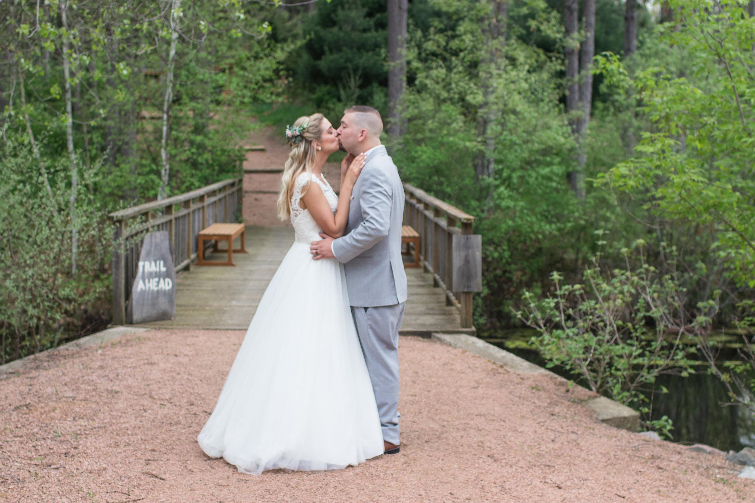 Neil+Kelsey_bridalphotos-4-3.jpg