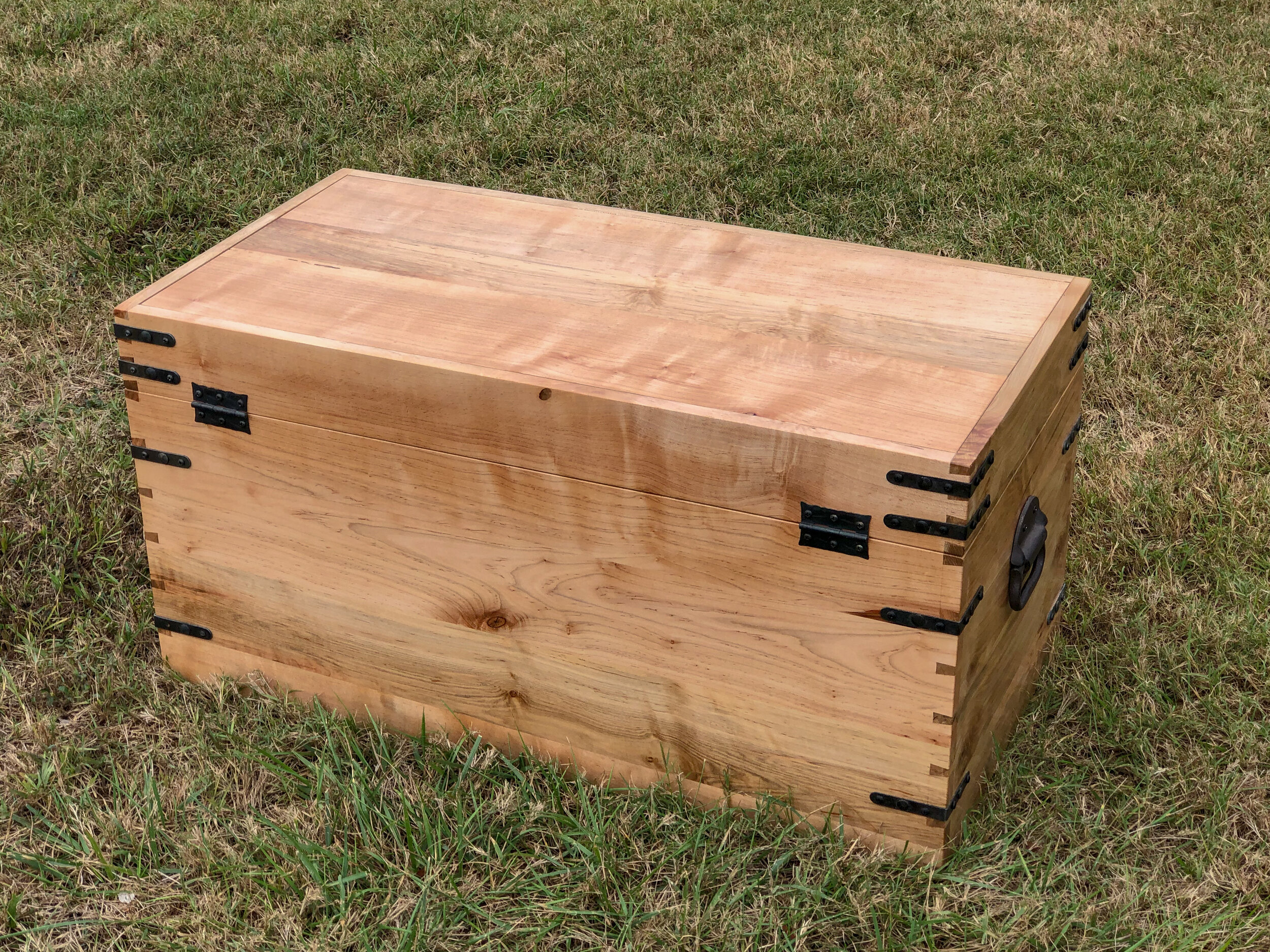 Ellis Toy Chest. Wooden Foot Locker. Maple Hope Chest. Richmond Virginia Sallie Plumley Studio Sally Plumlee Custom Hardwood Furniture