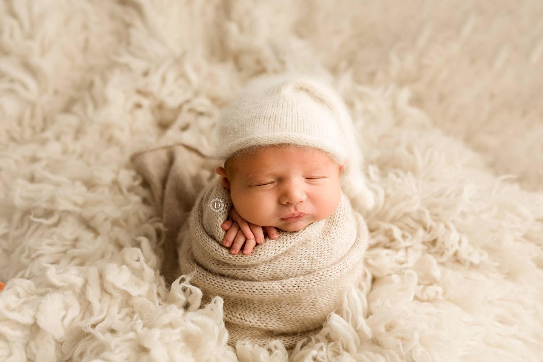baby-photograhy, baby-photographer-liverpool, liverpool-baby, baby-photo-shot-liverpool,  baby-photosession-liverpool, warrington-baby-photographer, liverpool.jpg