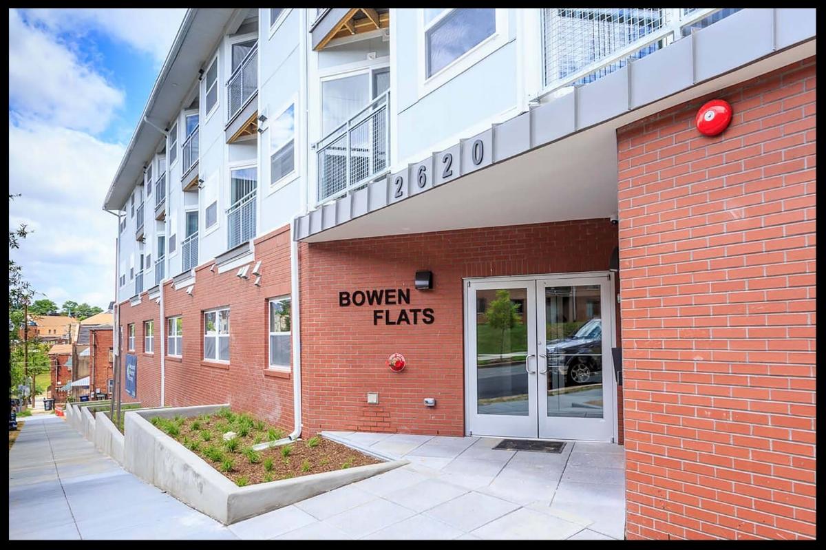 Bowen_Flats_Grand_Opening_June_2017_CMC-9138-r.jpg