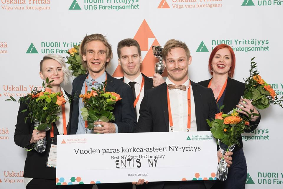 PHOTO: NUORI YRITTÄJYYS