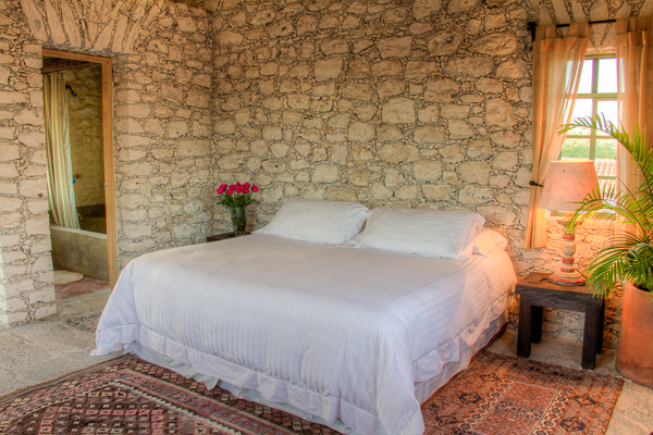 CEIBA SUITE - 2 guests1 King bed1 Bathroom