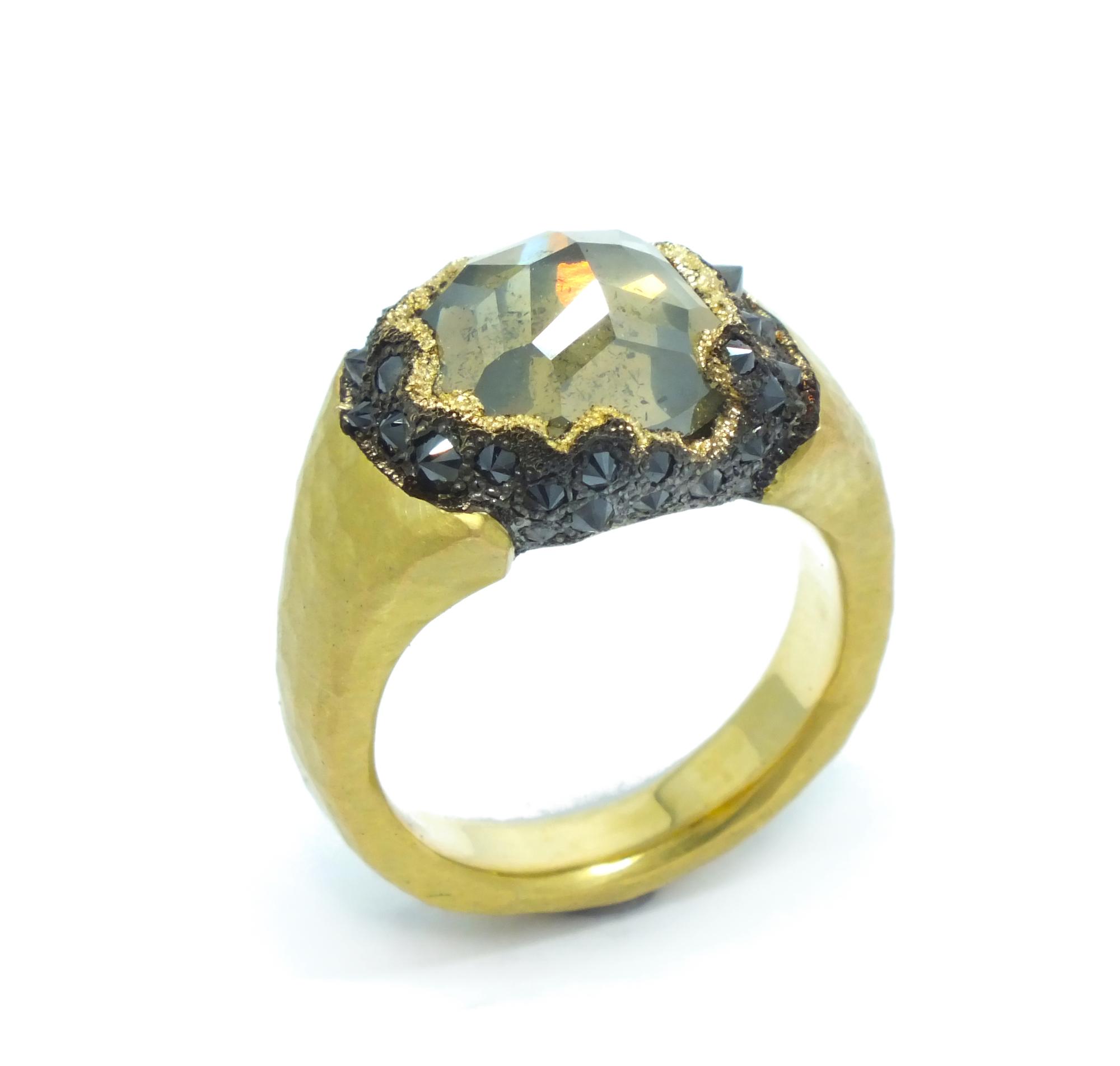 TAP.ring.R252.JPG