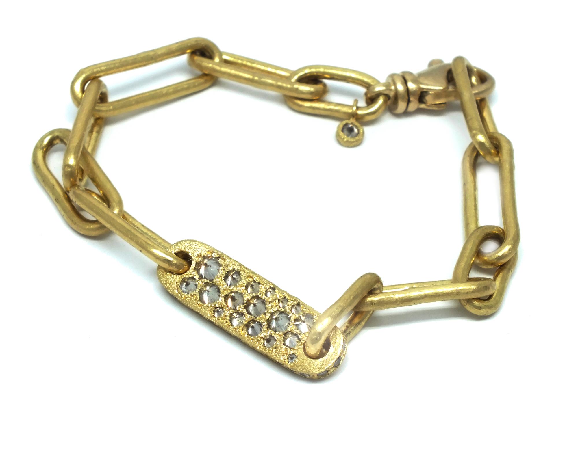 TAP.bracelet.B219d.jpg