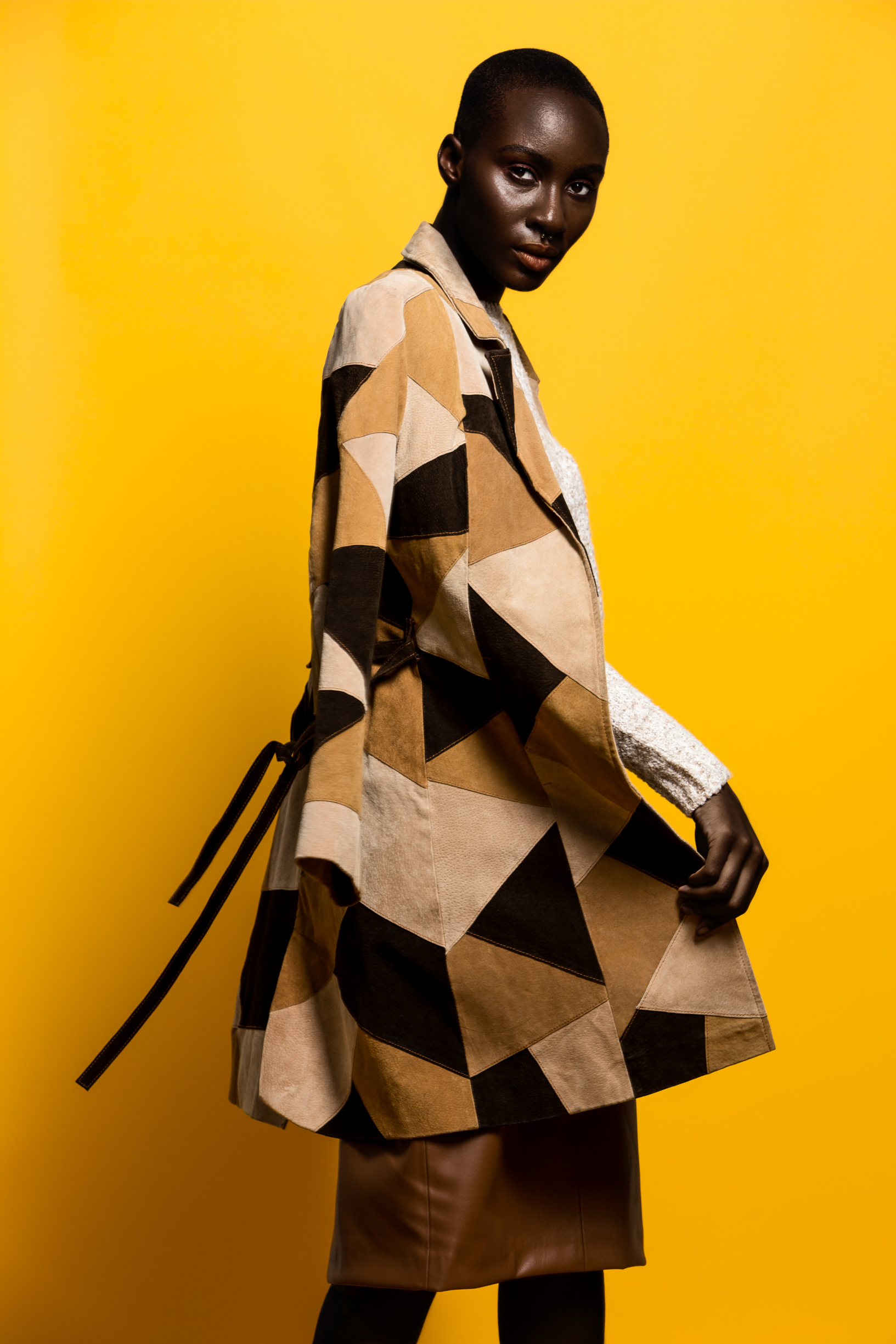 AFRICAN HIGH FASHION MODEL 1