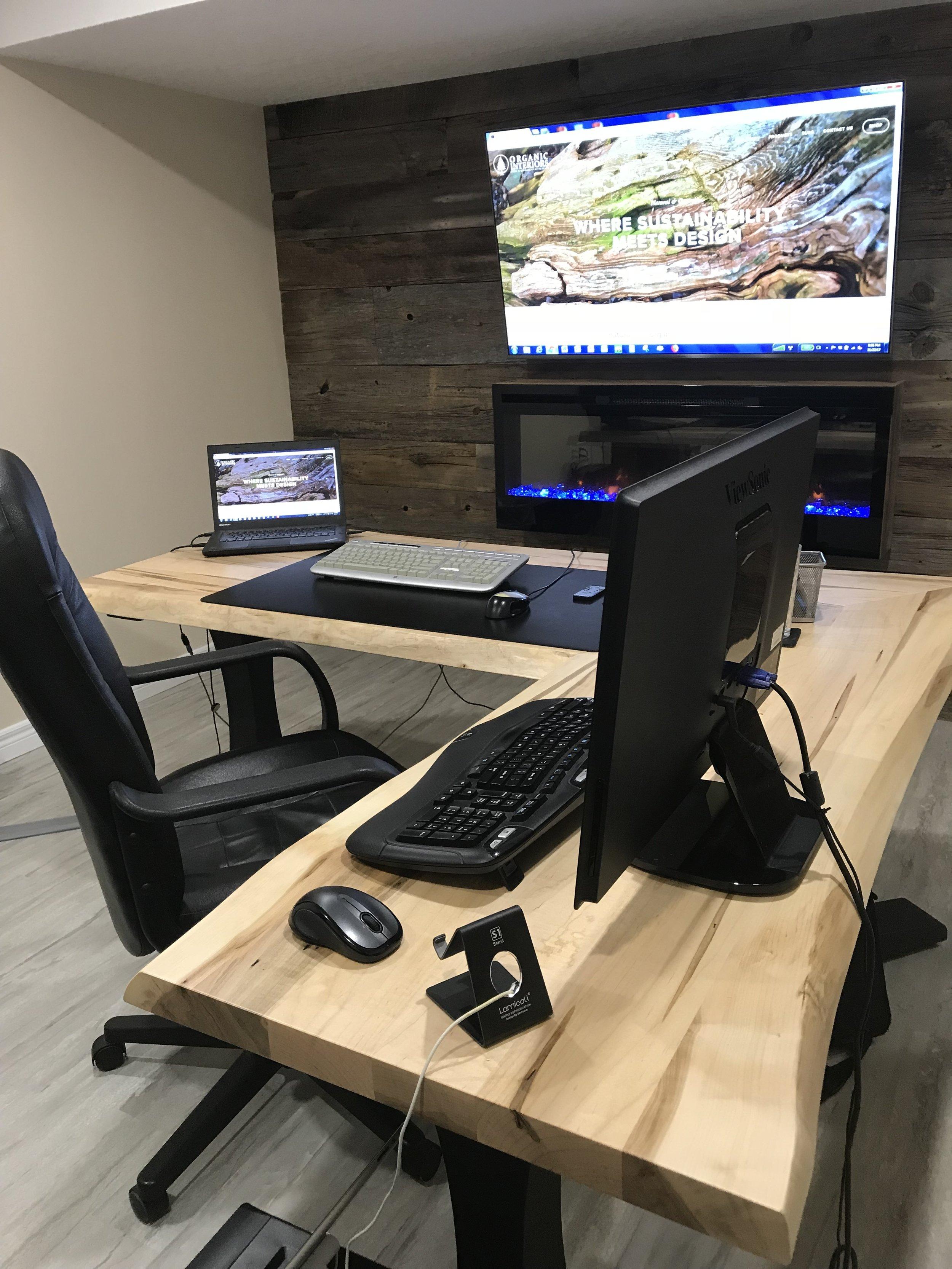 deskdan5.jpg