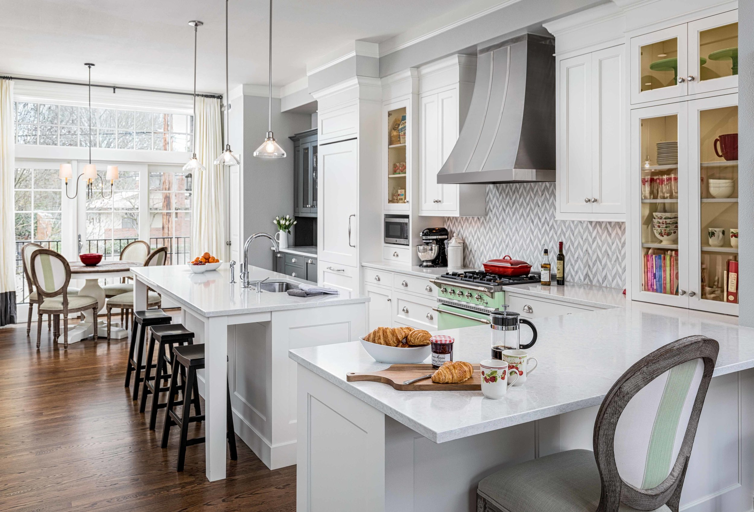 Colonial-Heights-Kitchen→