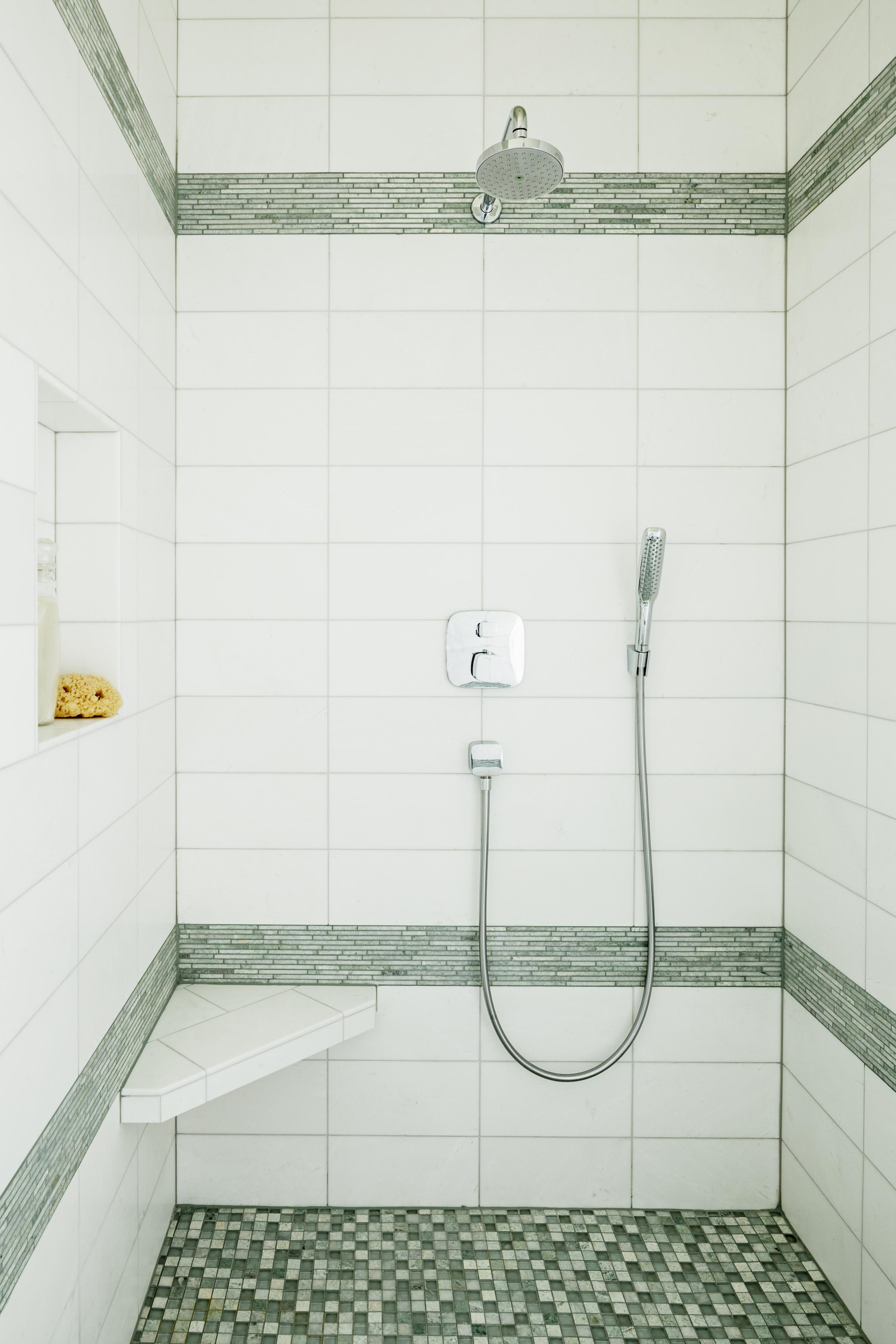 Jenni-Leasia-Design-Modern-Shower-White-contemporary copy.jpg