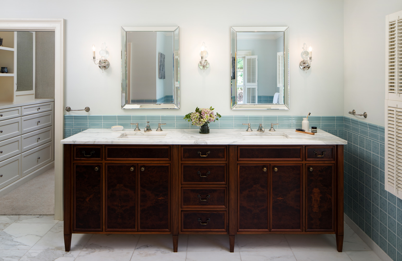 lake-oswego-double-vanity-design-remodel.jpg