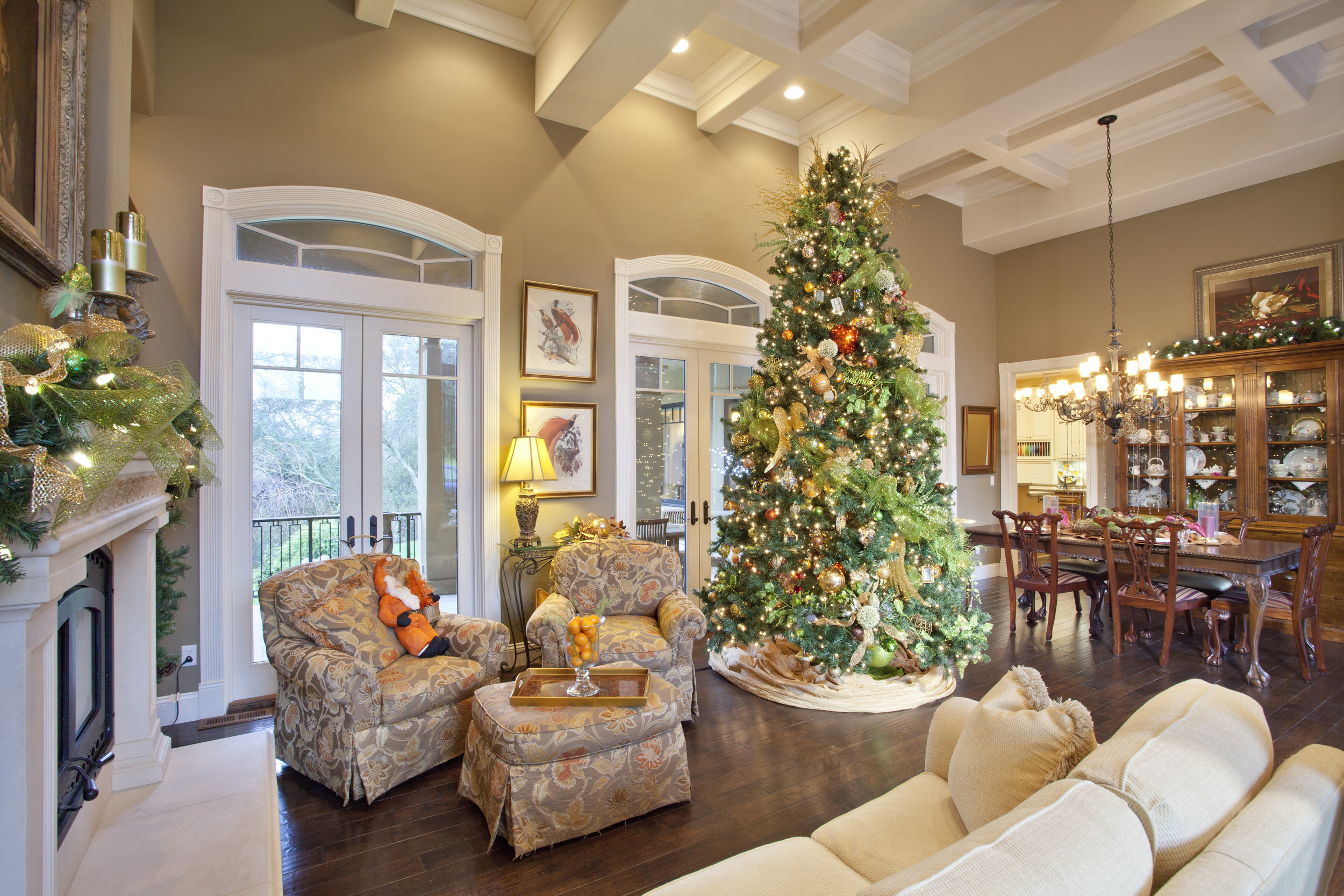 Holiday Decorating and Party Planning