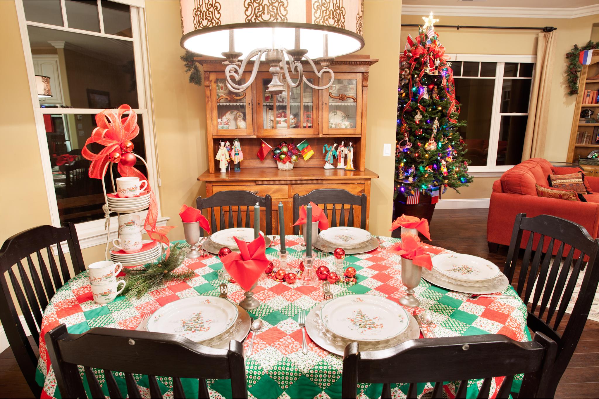 ashley creek christmas 2014 nook table.jpg