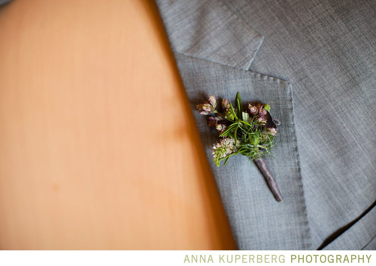 Vanessa + Casey  To start us off, we loved these two bundled boutonnieres from Vanessa and Casey's wedding. Bound by the fabulous florists from  Plan Decor,  both the grooms and the groomsmen's boutonnieres carried the colors and details of the day perfectly.