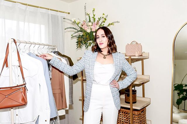    Do you find yourself frustrated and overwhelmed standing in your closet when trying to get dressed? One of my favorite things to do is rework pieces in your wardrobe to create new looks! I'd love to help you take the stress out of getting dressed.    #takethestressoutofgettingdressed