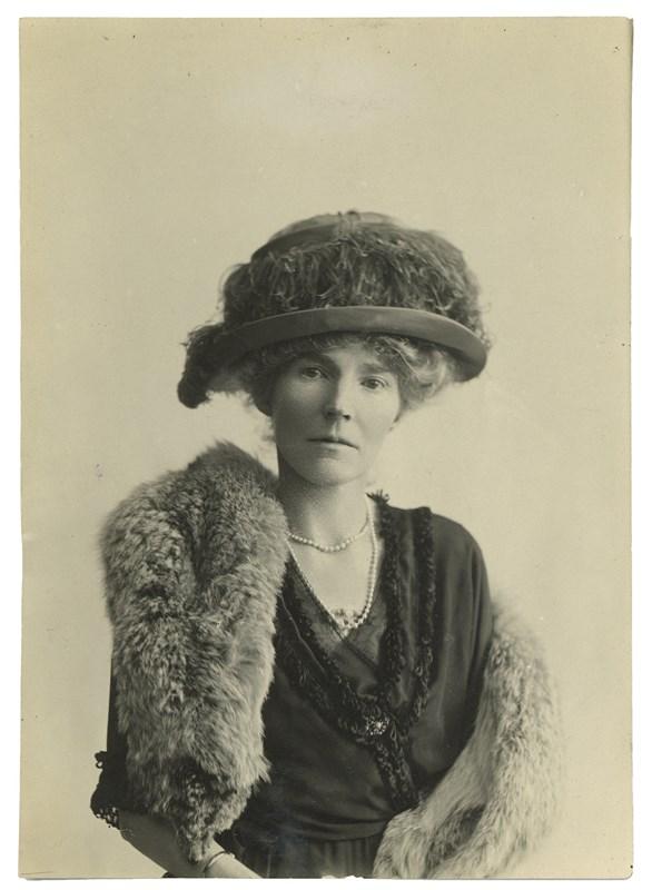 Gertrude Bell, 1921.jpg