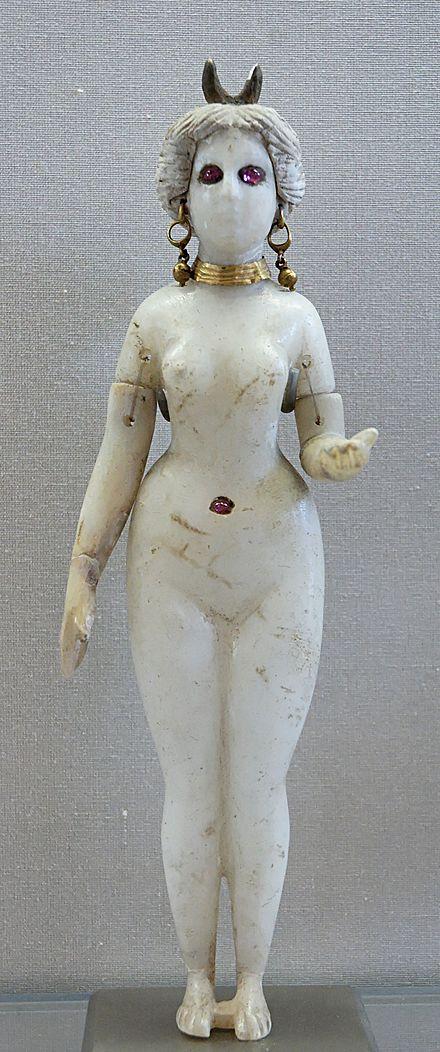 440px-Statuette_Goddess_Louvre_AO20127.jpg